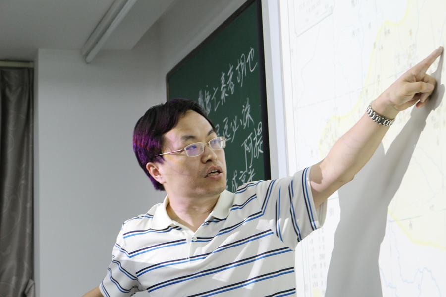 """""""学悦文化大中国""""系列公益讲座之《汉唐帝国的边塞战争》"""